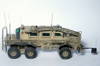 MPV MRAP Buffalo 1/48