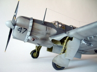 sb2c-4 helldiver,Accurate Miniature,1/48.